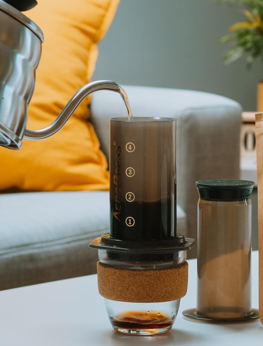 Préparer son café avec l'Aeropress