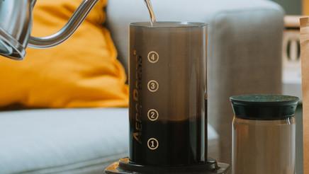Préparer votre café avec l'AeroPress