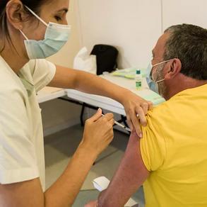 France : plus de cinq millions de personnes à risque ne sont pas vaccinées