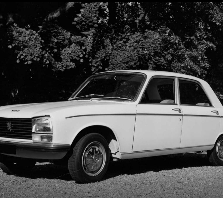Peugeot 304