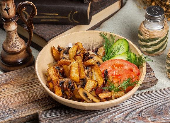 Картофель по-домашнему с луком и грибами 200гр