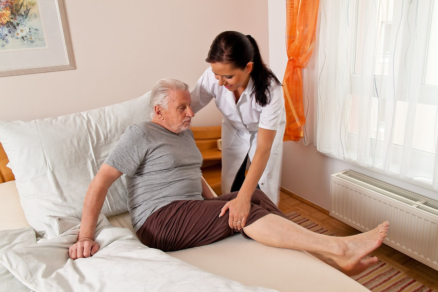 photodune-1874757-nurse-in-aged-care-for