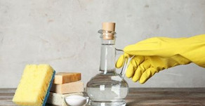 7 Cool Cleaning Uses for Vinegar!