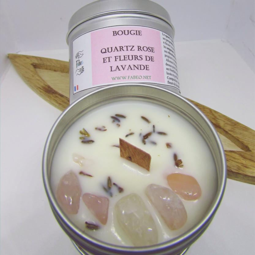 Bougie quartz rose et fleurs de lavande