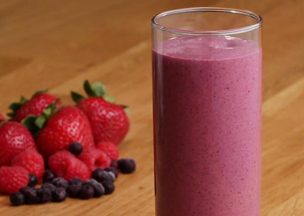 BFV12235_Smoothies4Ways-FB1080SQ_edited.