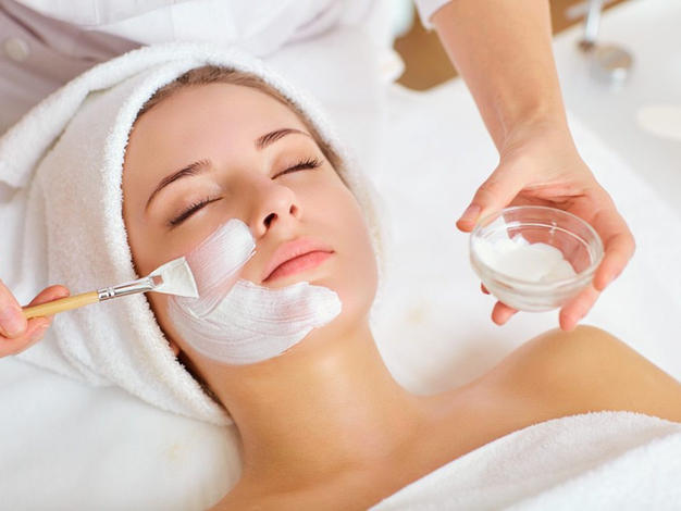 Clear Luxury Spa Facial