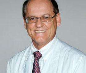 Dr. José Correa Fonseca Neto