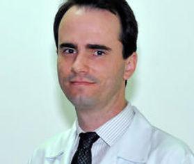 Dr. Leandro Dehè Segantin