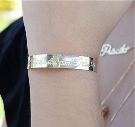Bracelete personalizado com frase a escolha