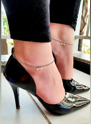 Sapato Scarpin com duas tornozeleiras banho ouro branco