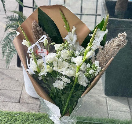 זר פרחים 2
