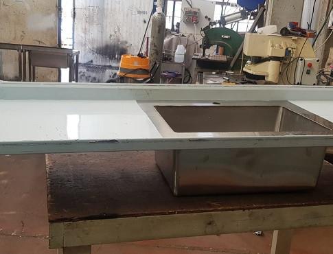 שולחן נירוסטה 6