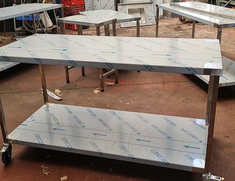 שולחן נירוסטה 13