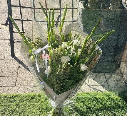זר פרחים 1