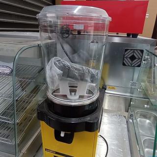 מכונת מיץ 2