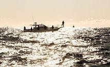 釣り舟.jpg