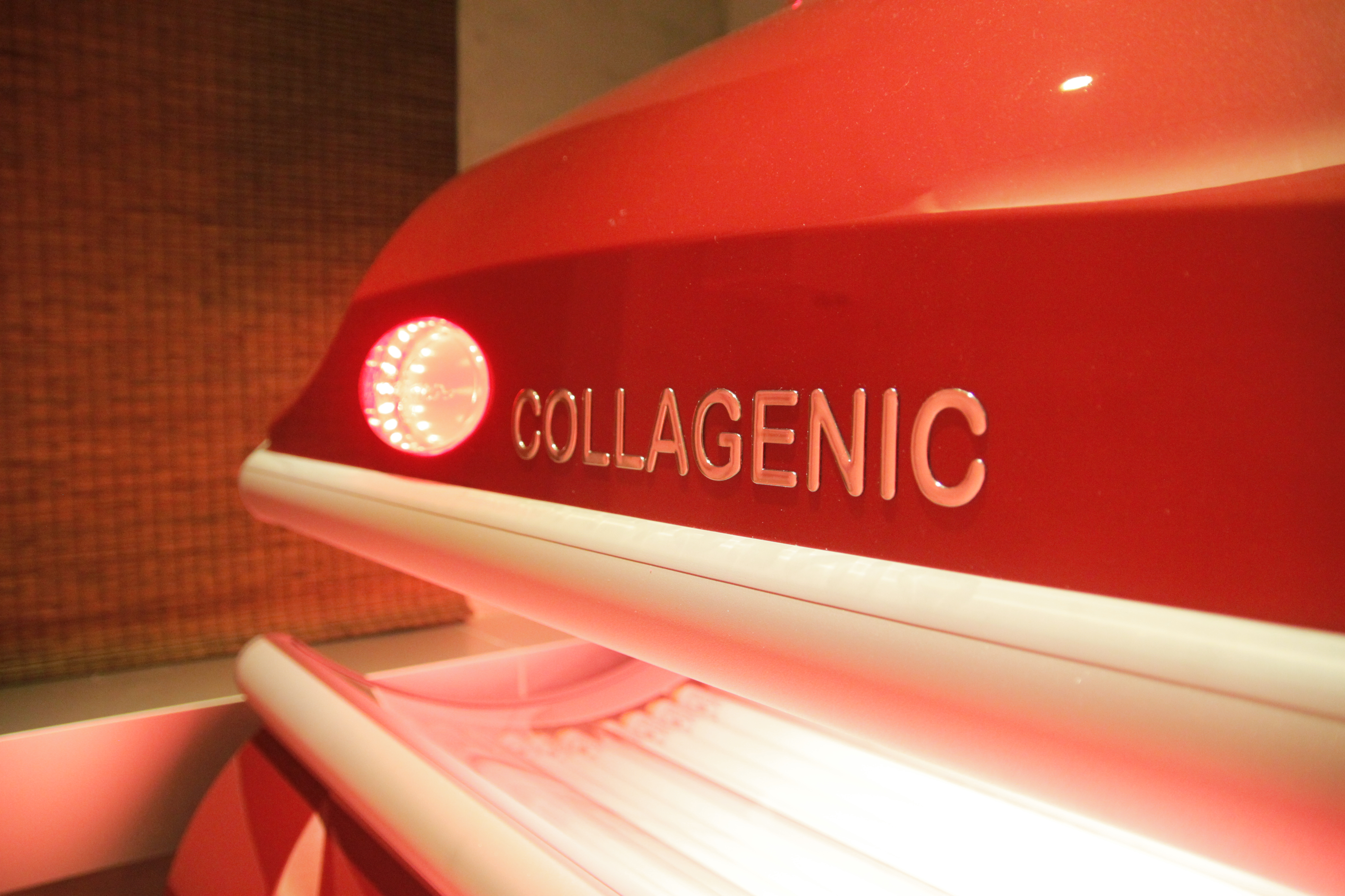 Red Light Collagen Boosting Therapy