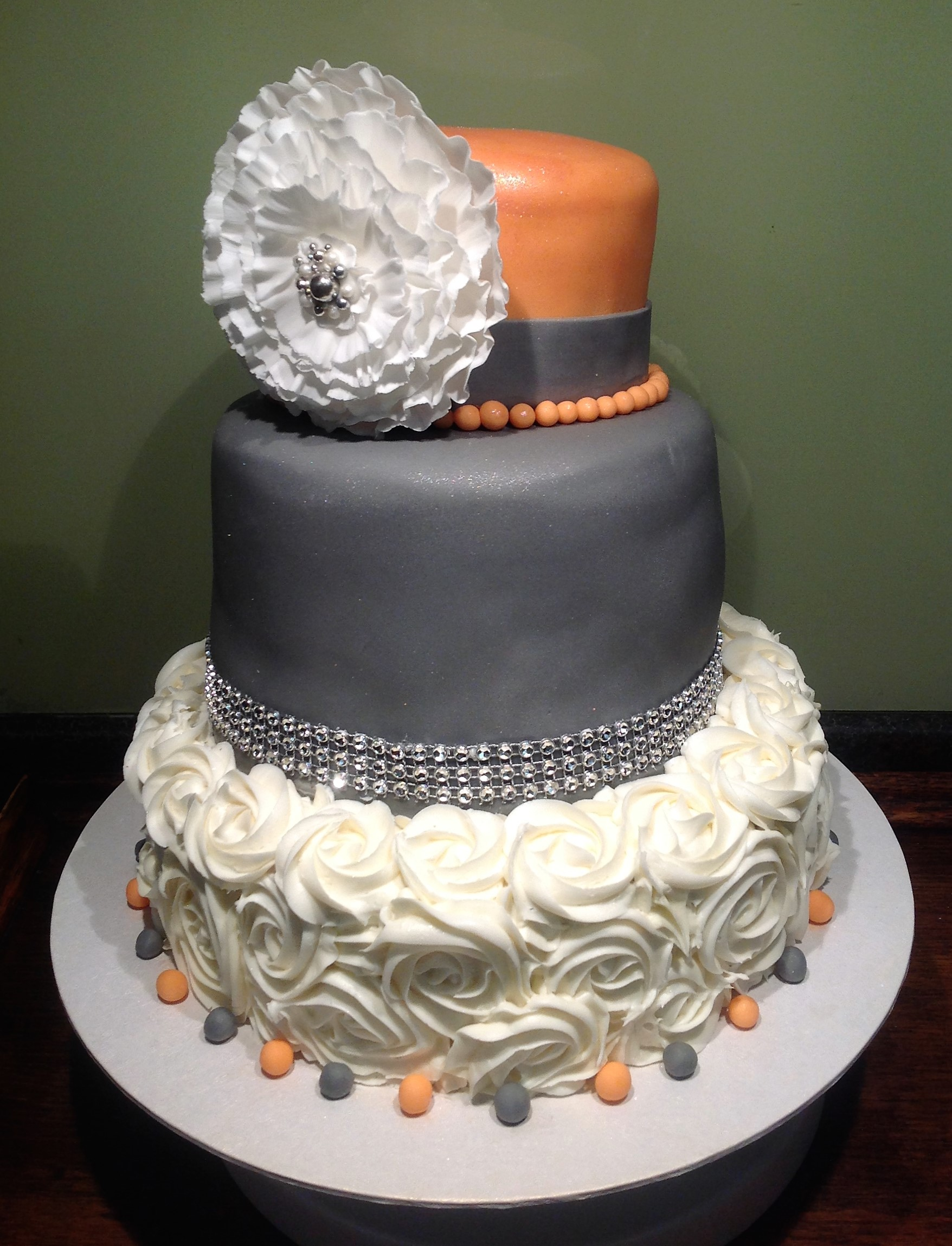 3 tiered Ruffle Flower Wedding Cake