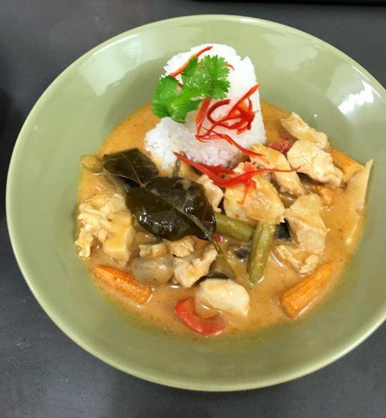 Tom Yum Chicken Curry