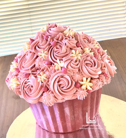 Ruby Chocolate Giant Cupcake