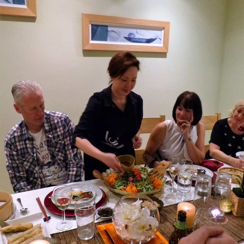 DinnerParty201703(serving)