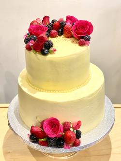 Hot Pink Roses Wedding Cake