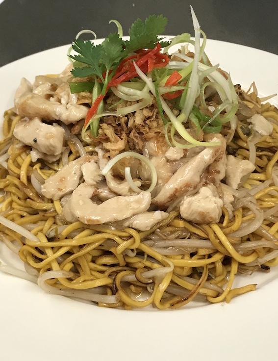 Wok Smoked Noodles with Drunken Chicken