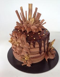 Cadbury Flakes Chocolate Ganache Cake
