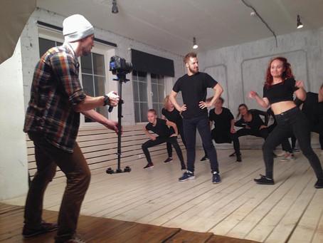 Прошли съемки танцевального видео.