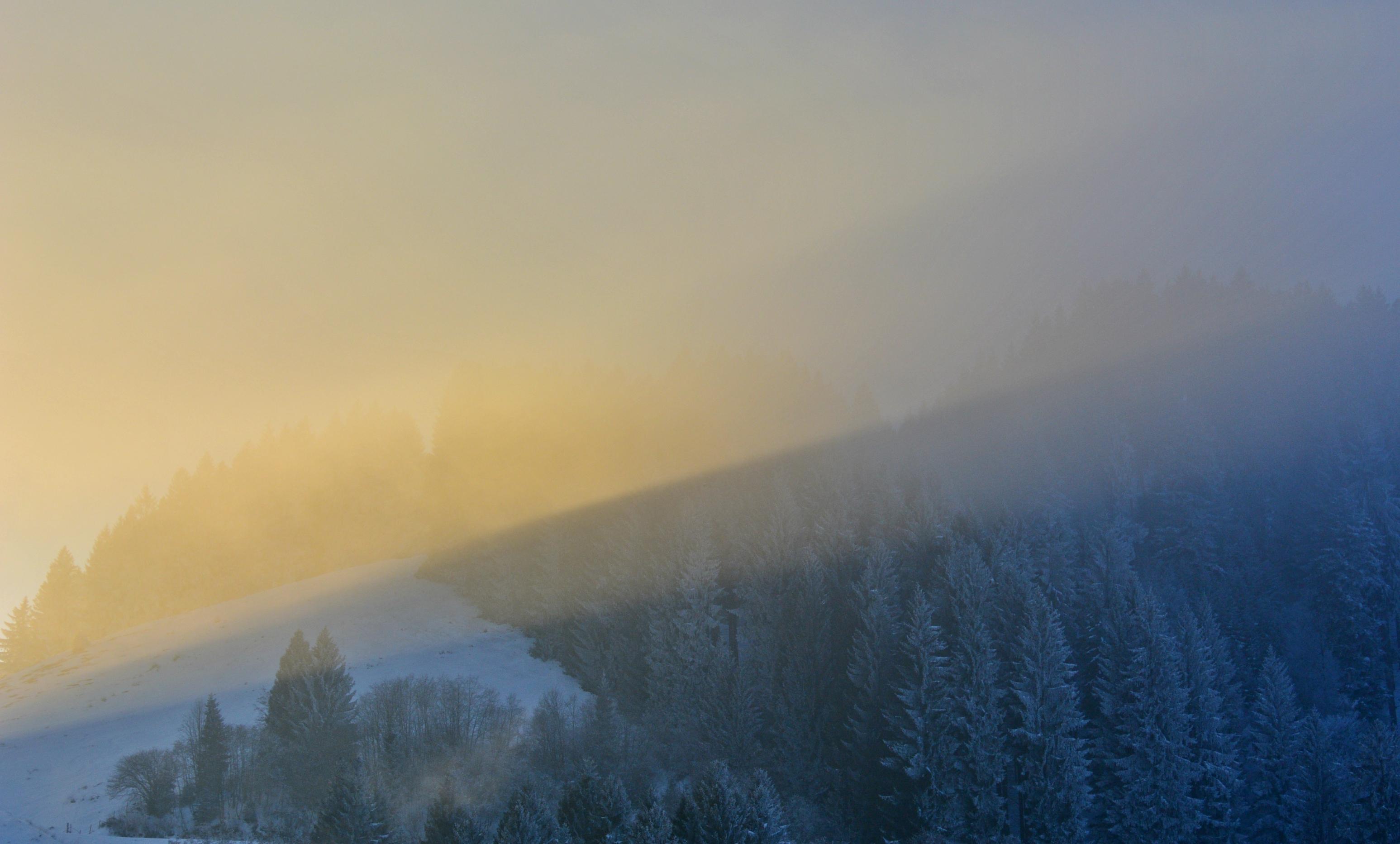 W0299 Licht an am Edelsberg.jpg