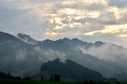 H0062 Nebelschwaden am Edelsberg Pfronten.jpg