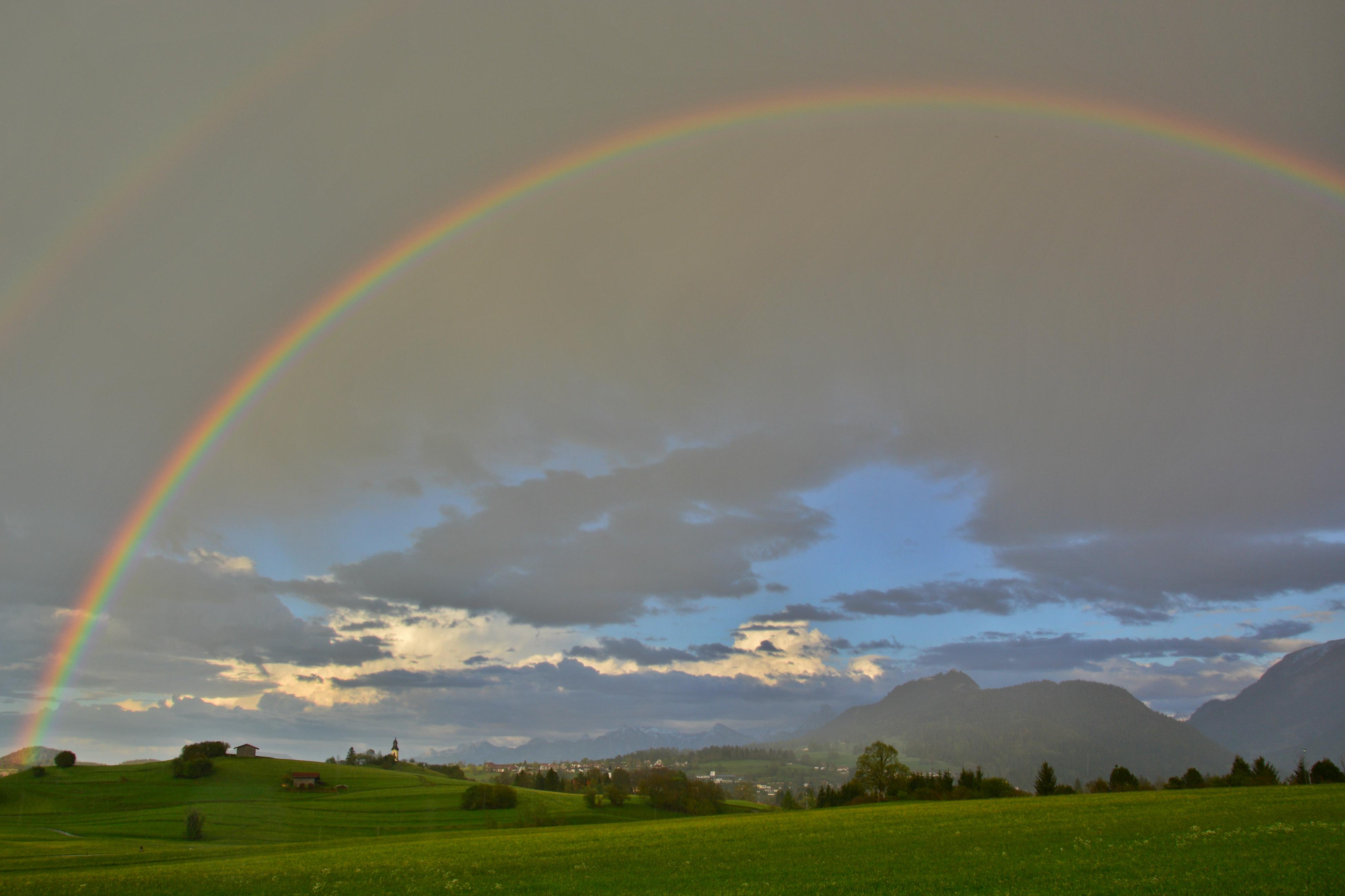 F0108 Pfrontner Tal mit Regenbogen.jpg