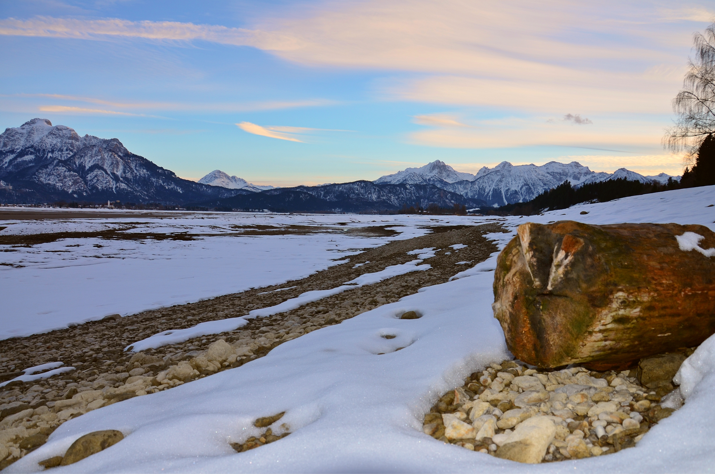 G0123 Abendrot Forggensee letzter Schnee.jpg