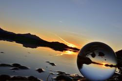 G0169 Glaskugel Sonnenuntergang Hopfensee.jpg