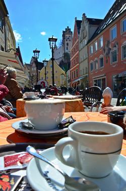 O0033_Frühlingskaffee_Altstadt_Füssen.jpg