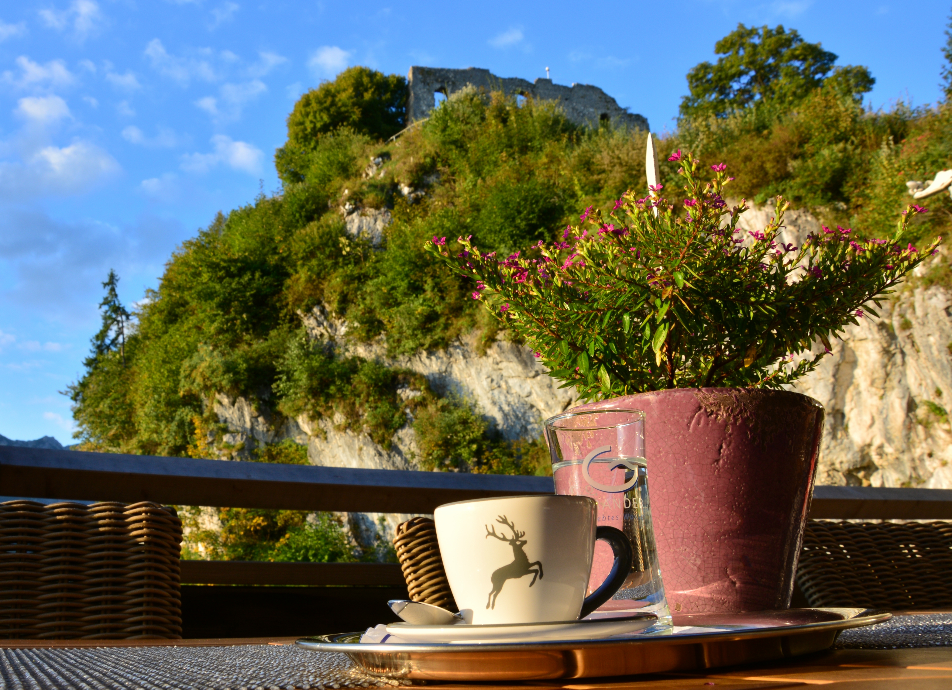 A0165 Morgenespresso auf dem Falkenstein Pfronten.jpg