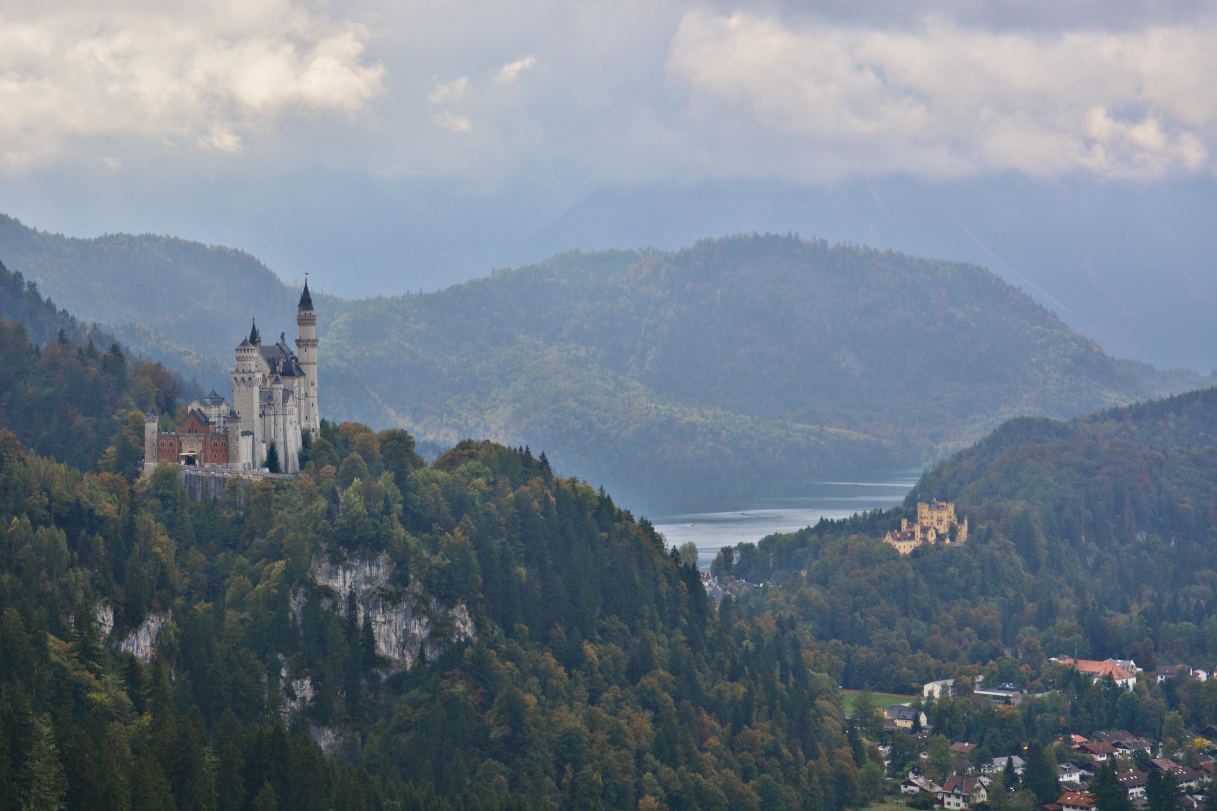 B0100 Schloss Neuschwanstein Blick aus der Gondel.jpg