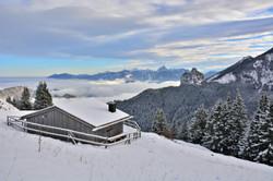 W0255_Obheiter_an_der_Berghütte_am_Breitenberg.jpg