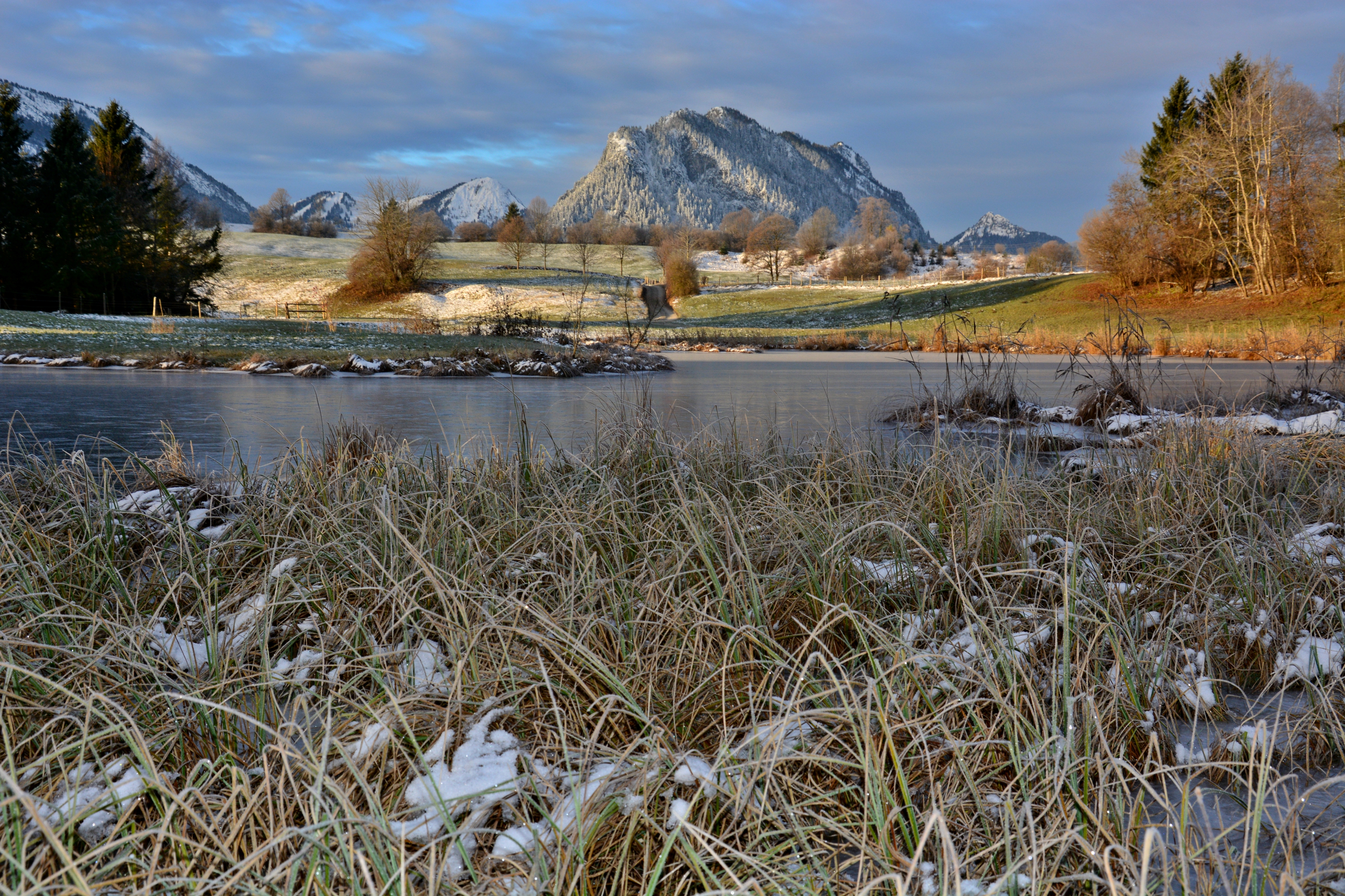 G0331 Frostmorgen am Eglesee Pfronten.jpg