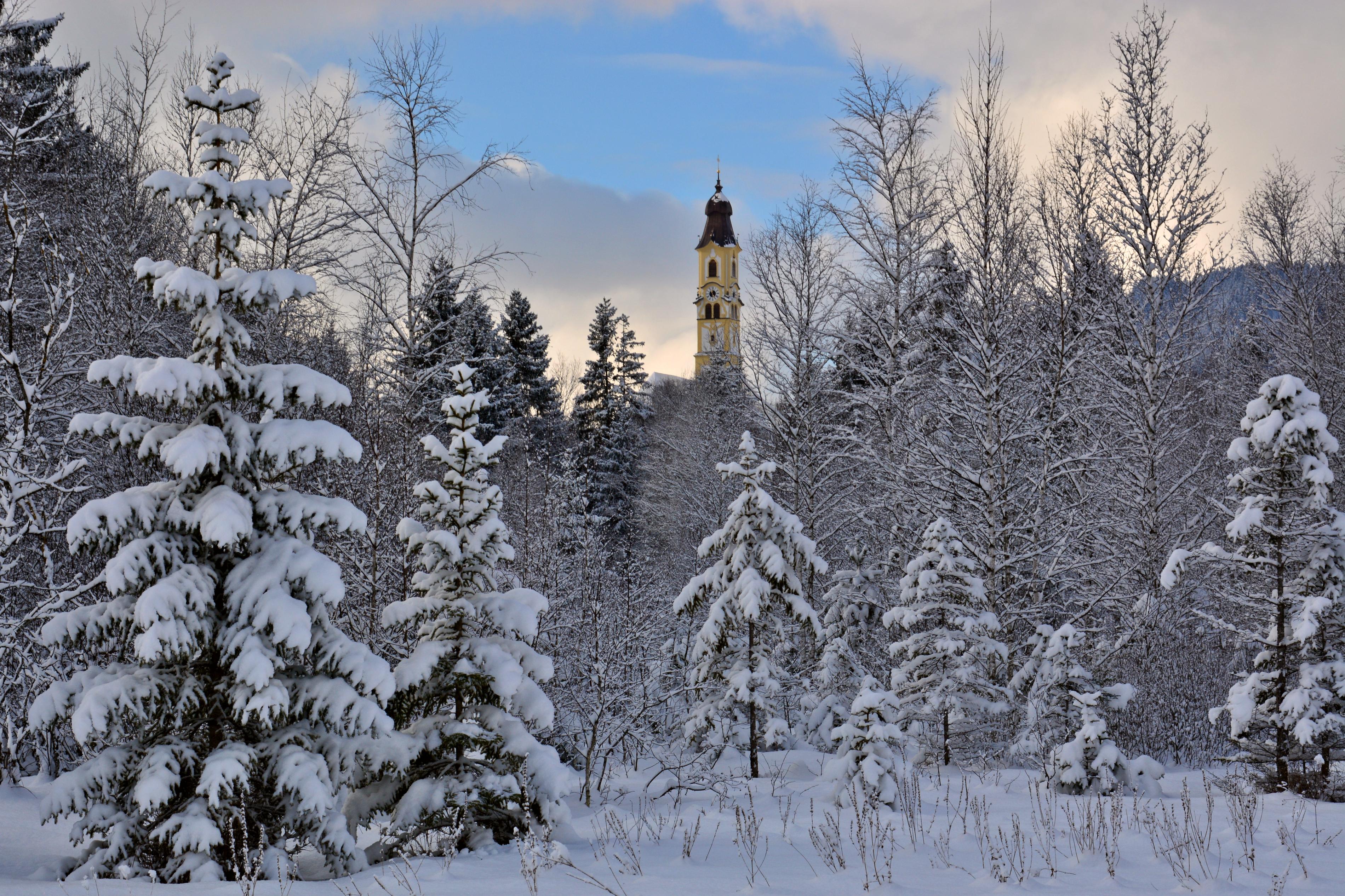 W0303 Winterwald Kirche St. Nikolaus Pfronten.jpg