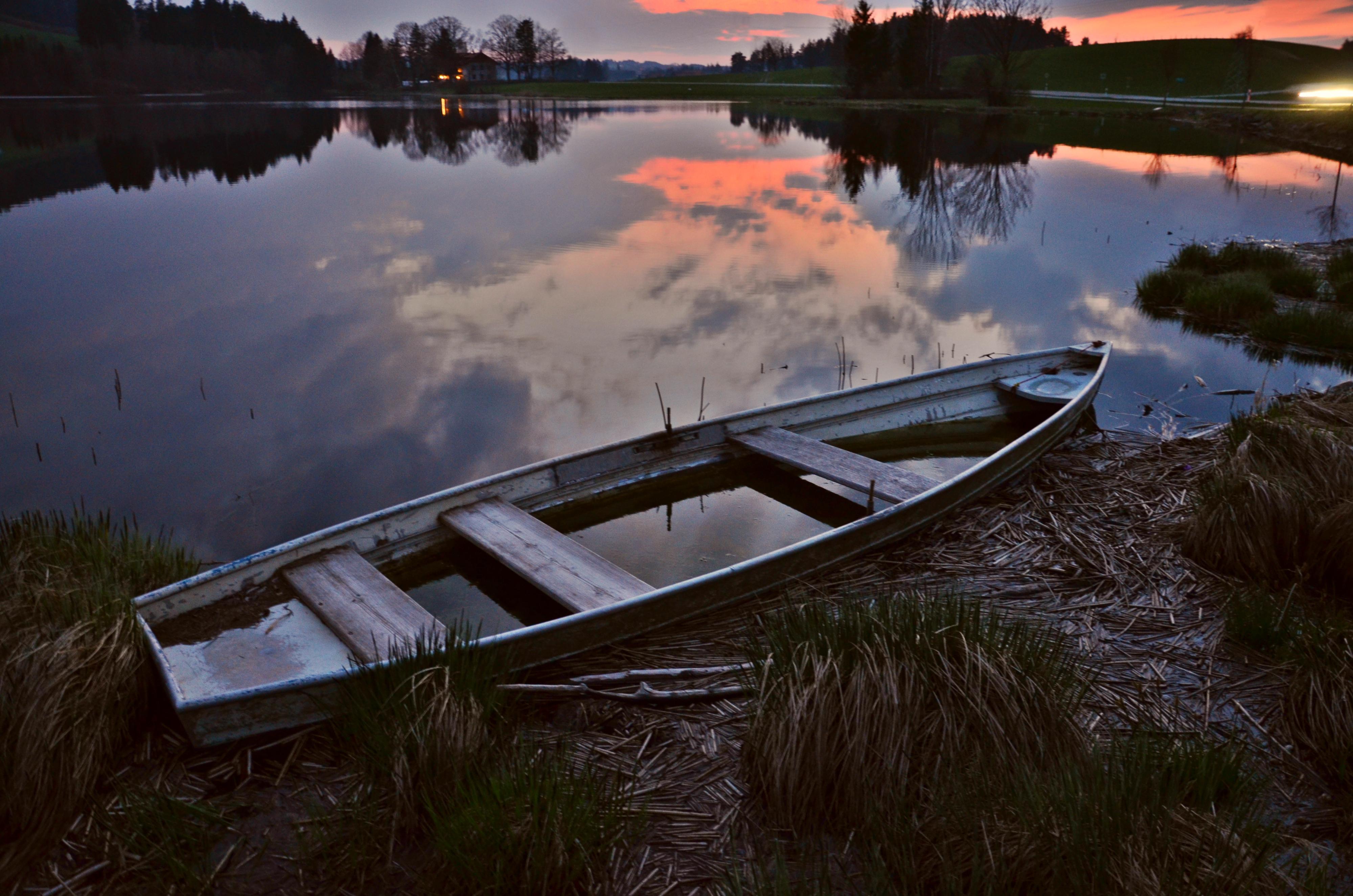 G0127 Boot im Abendrot am Schwaltenweiher.jpg