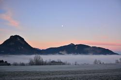 W0250 Nebel im Pfrontner Tal im Mondenschein.jpg