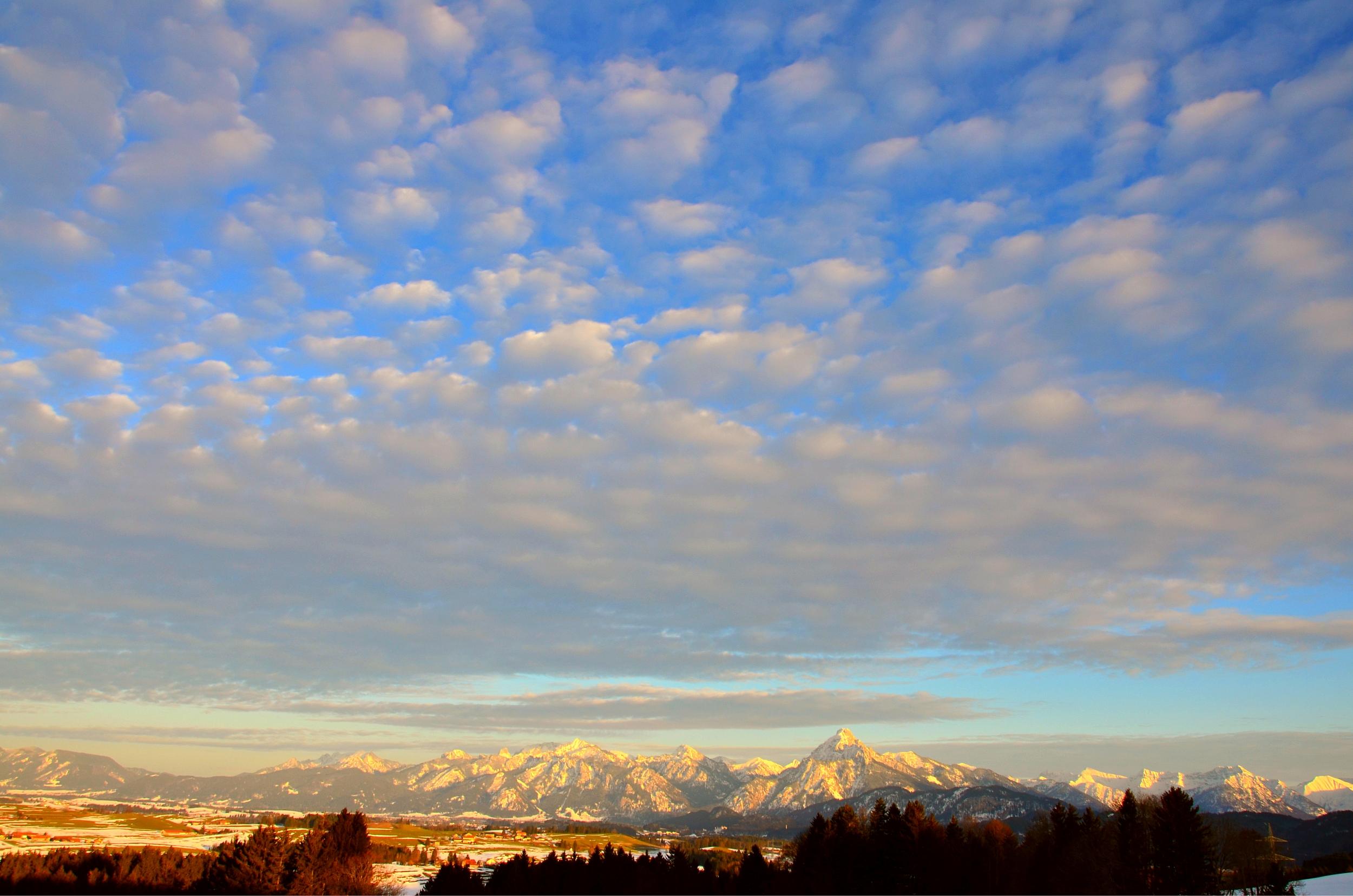 W0130 Wolken-Abendlicht Oberdeusch.jpg