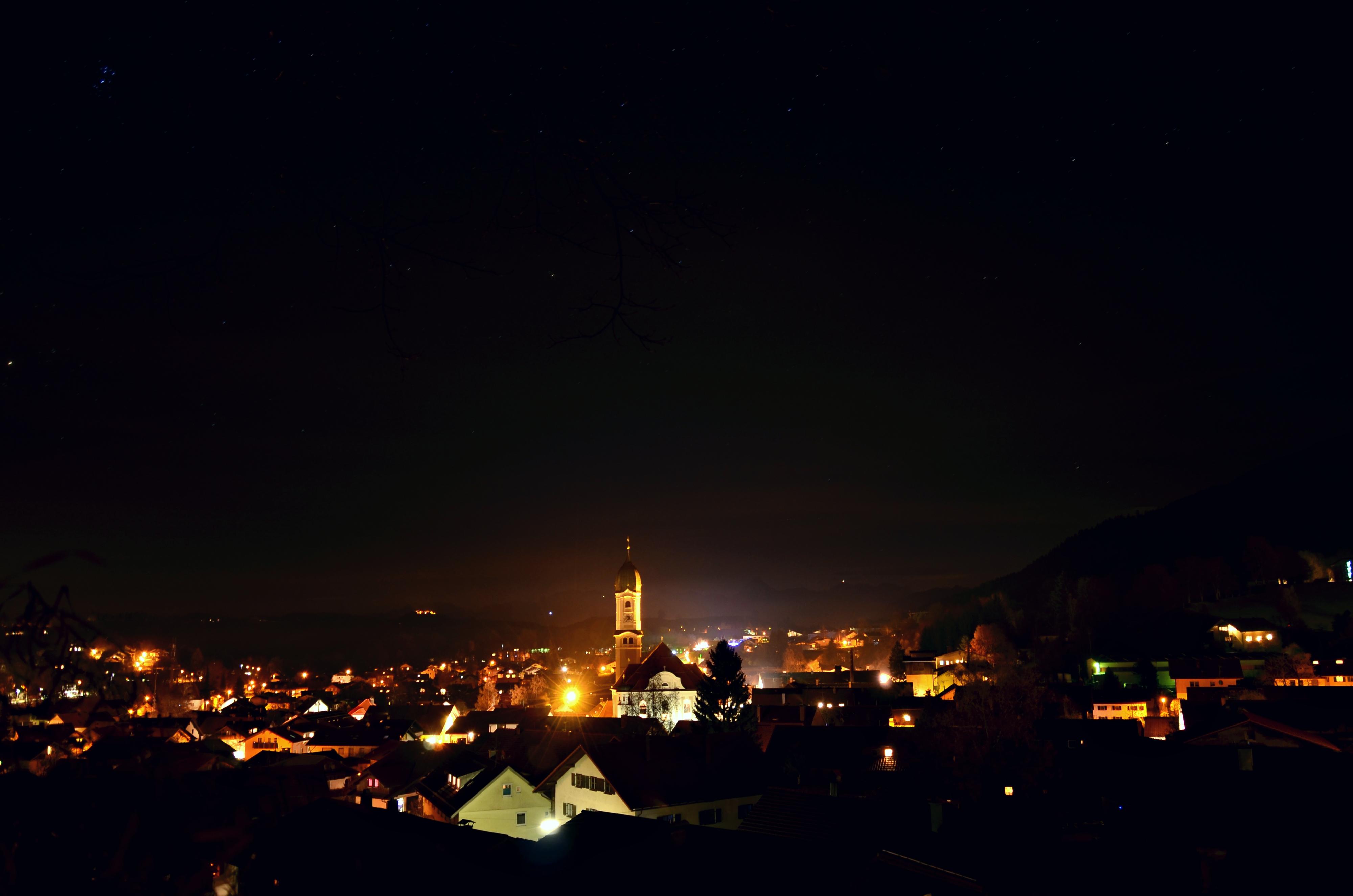 O0077 Nachtaufnahme Nesselwang.jpg