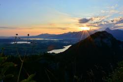 B0103 Sonnenaufgang auf der Ruine Falkenstein.jpg