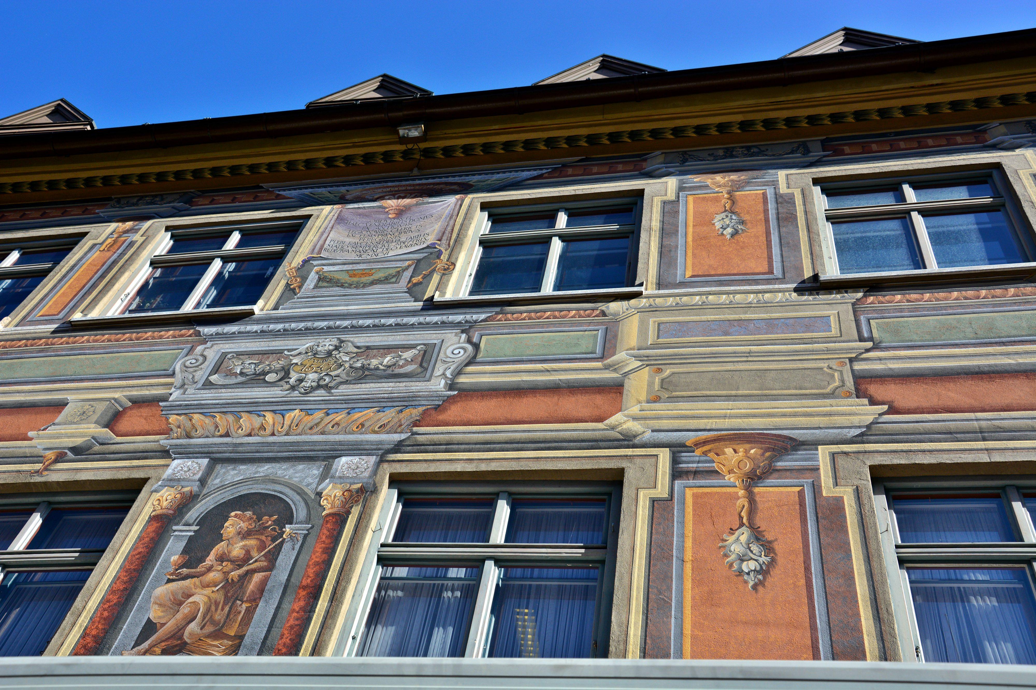 O0120_Füssener_Hausfassade.jpg