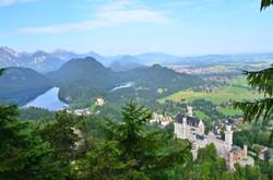 B0005 Tegelberg Blick auf Alpsee und Schloss