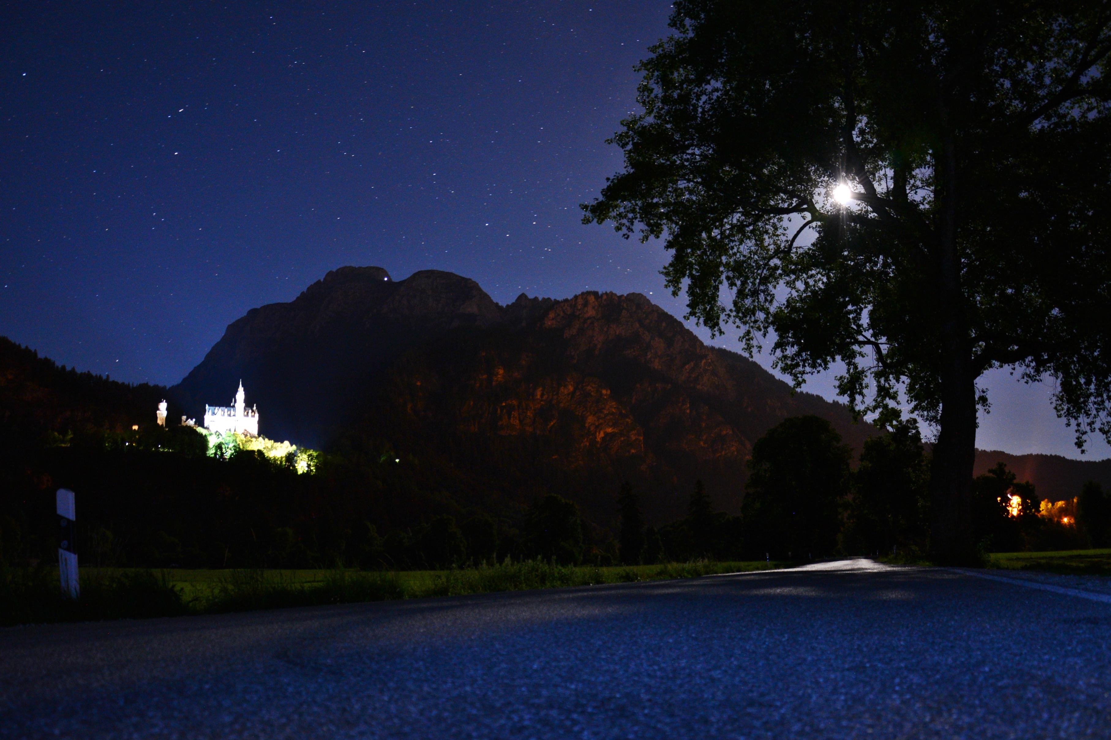 B0098 Mondnacht am Schloss Neuschwanstein.jpg
