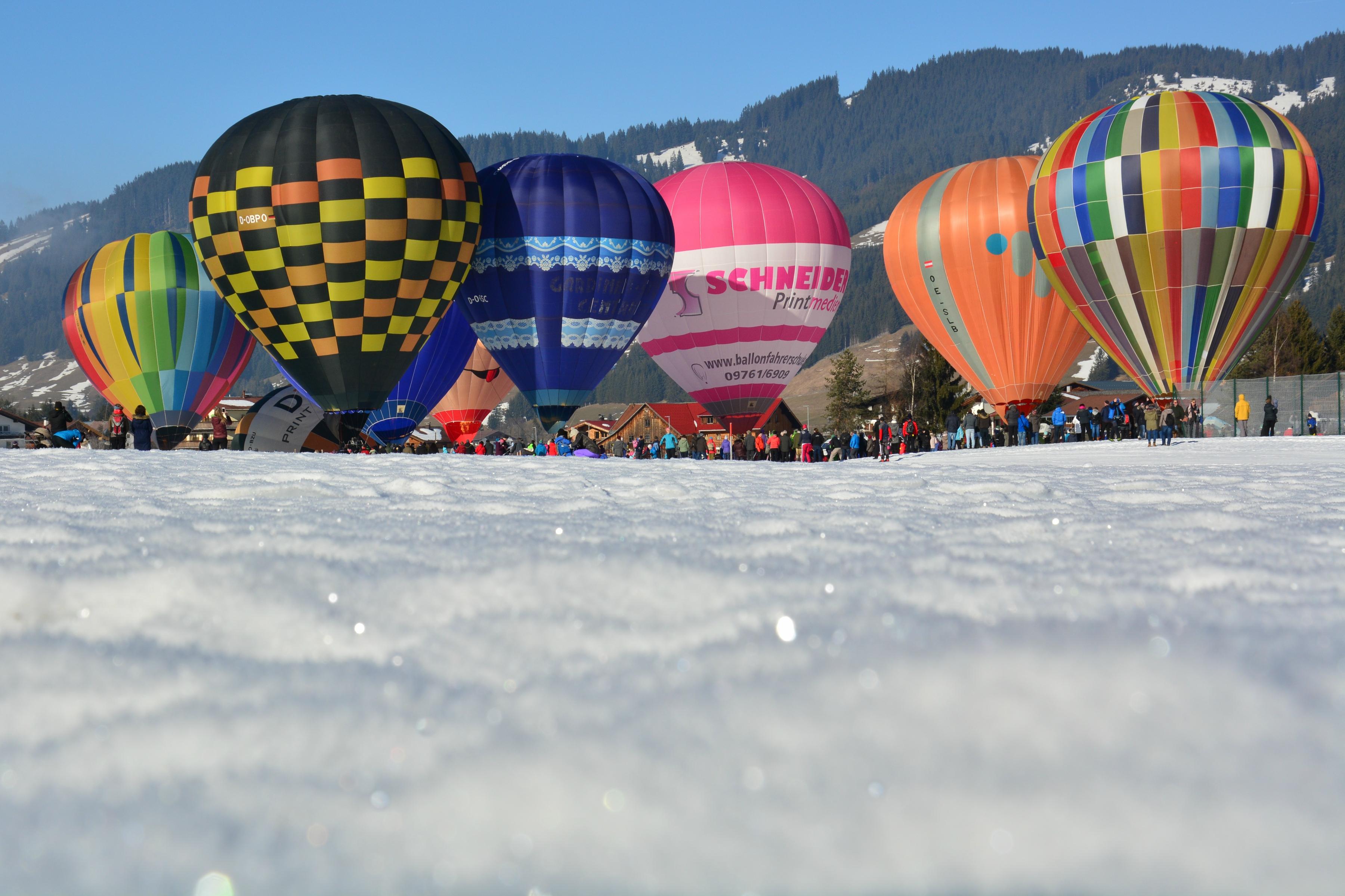 W0309 Ballonfestival Tannheim.jpg