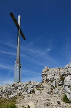 A0051_Gipfelkreuz_Säuling_2047_m.jpg